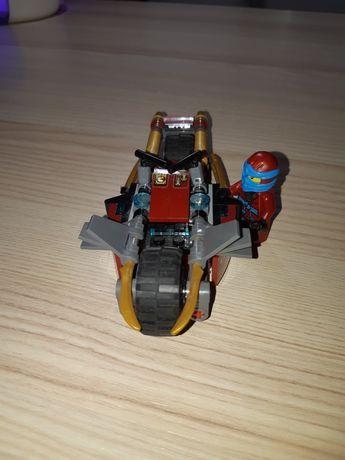 Lego Ninjago - Motocicleta Nyei