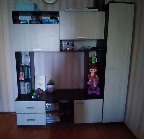 продаётся шкафы для гостиной