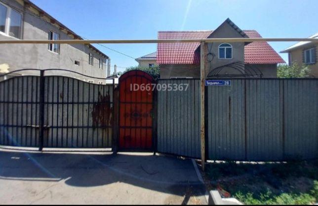Продаем Дом в Городе , из красного кирпича и с участком