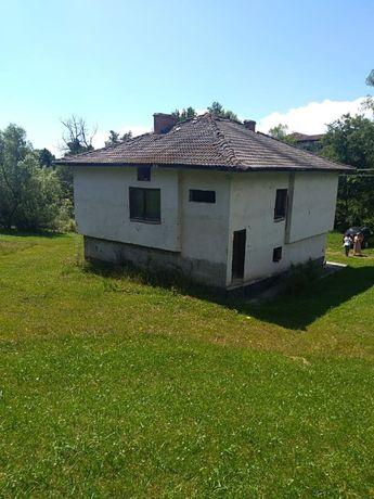 Продавам къща в село Годлево