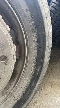Грузовой шина
