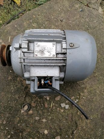 Motor electric 220/380