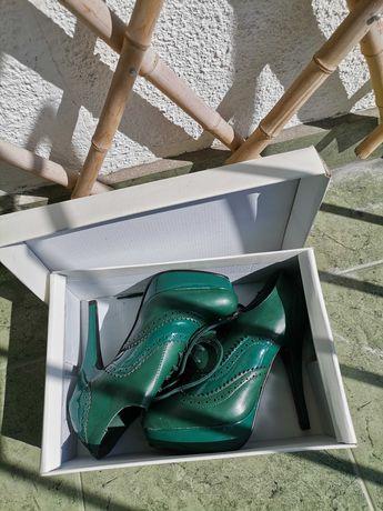 Естествена кожа обувки на ток