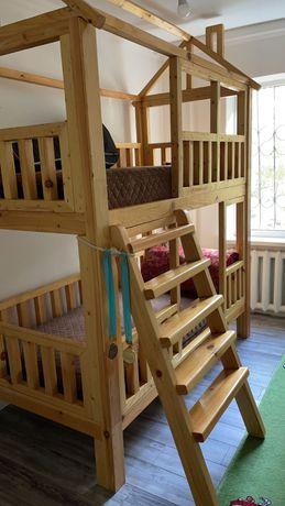 Кровать детская 2 этажное дерево