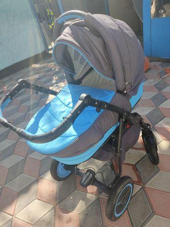 Продам коляску Adamex 3в1