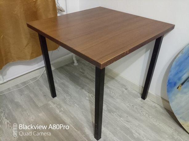 Продам стол ZETA