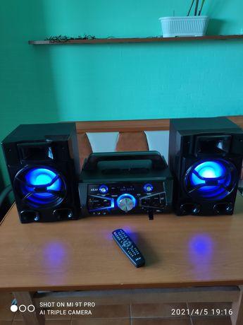 Vând sistem Akai 2X50 watti sau schimb cu telefon!!