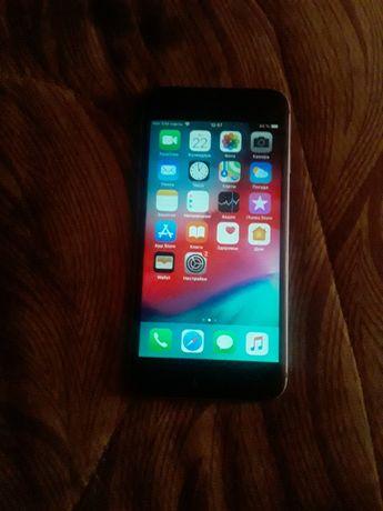 Продам айфон  6 в хорошом составление без доков камплекть зарядка