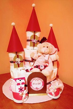 """Бебешка торта от памперси """"Замък"""""""