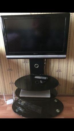 Телевизор без подставкой. 82см. Изображение - идеальное. Доставк
