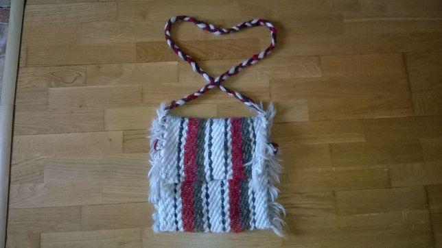 geanta traditionala romaneasca lana