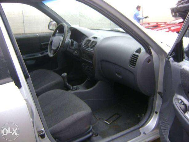 Dezmembrez Hyundai Accent 1.5 CRDI