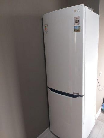 Холодильник двухкамерный LG GA-B429SQC