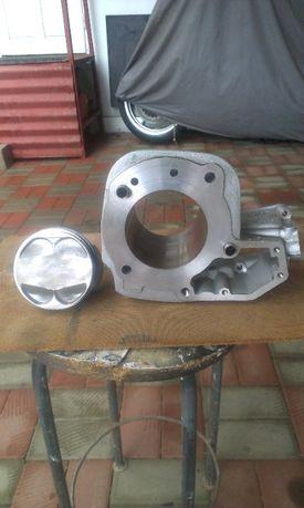 Cilindru cu piston si chiulasa pentru moto bmw R850, R1150