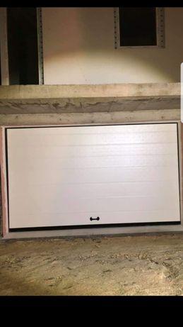 Usa de garaj 3200x2350 alb
