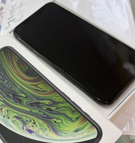 Продам iPhone XS,space gray,64g