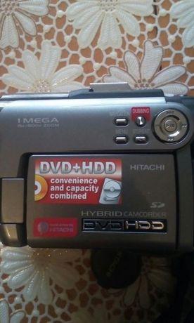 Видеокамера HITACHI DVD+HDD HYBRIT 1MEGA15×/800×zoom модел DZ-HS301E