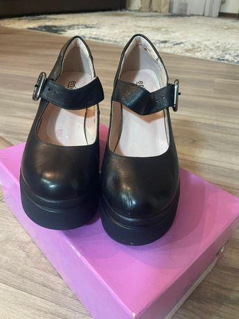 Туфли малютки! 33 размер! Новые! Натуральная кожа! 7000 тенге!