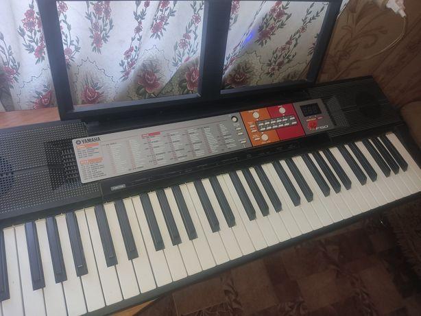 продам .Музыкальный синтезатор