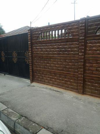 Placi de gard beton