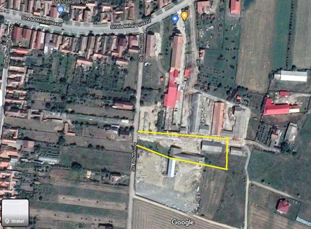 Teren cu constructii, zona industriala