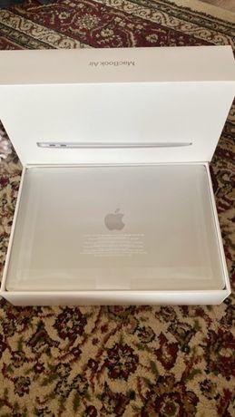 MacBook Air 2020 года, 256 GB 29 циклов перезарядки