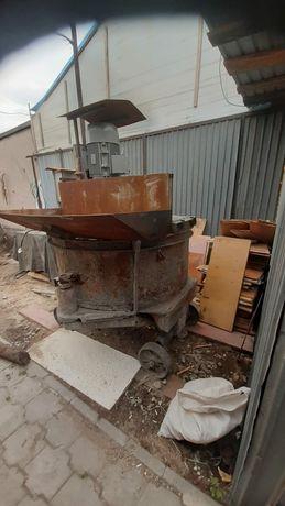 Продаю бетономешалку промышленную