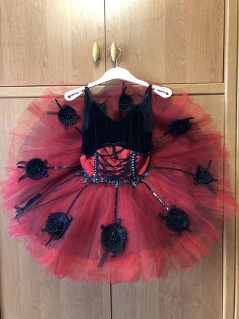 Продам костюм для девочки 7-10 лет