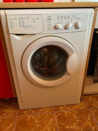 Masina de spalat Indesit