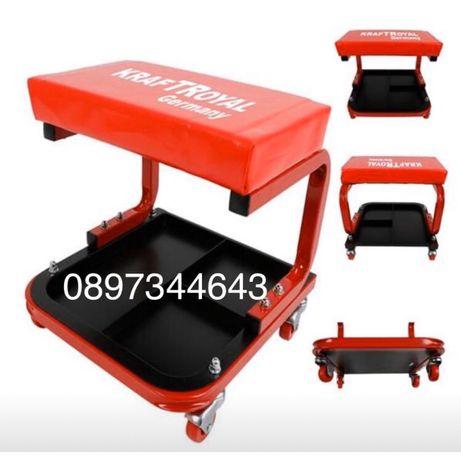 Работен стол с рафт за инструменти