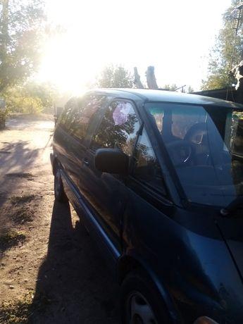 Продам машину  Toyota Lucida Previa (Тойота)
