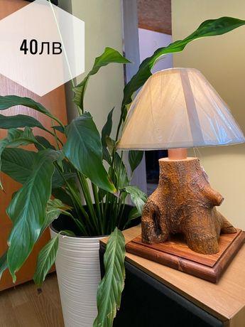 Уникални лампи - ръчна изработка: естествено дърво , метал