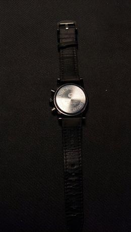 Продаются часы мужские
