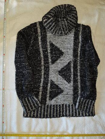 Пуловер-поло с вълна