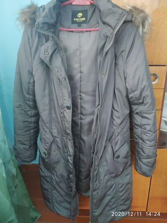 Продам зимнюю и осенью весенние куртки женские 44 46 48 размер