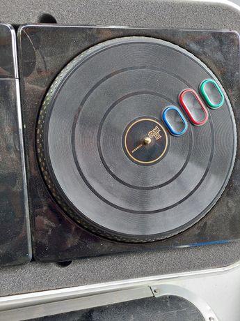 Vând mixer de muzică