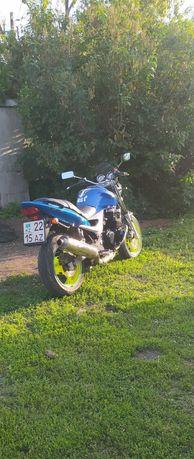 Kawasaki zr-7 2001