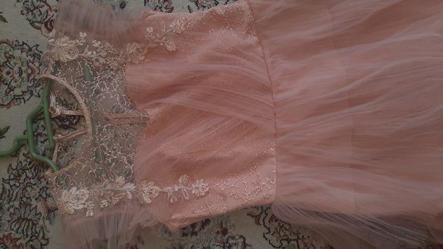 Платья французской длины