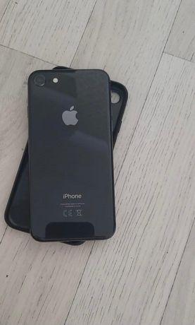 iPhone 8 64 GB GB