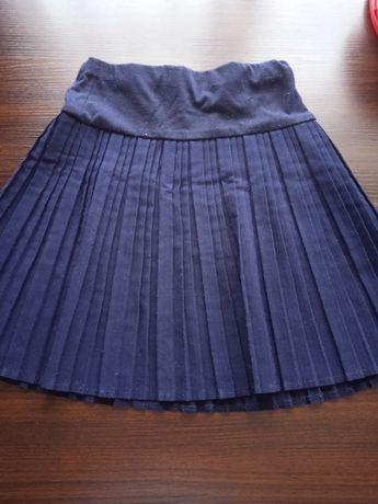 продам одежду школьную для девочки