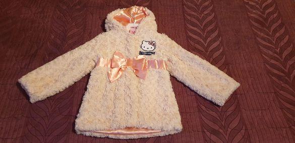 Детско пролетно-есенно палтенце Hello Kitty - размер 4-5 год.