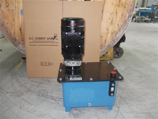 Unitate hidraulica monofazica 220 V completa cu bazin pompa