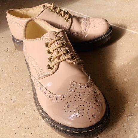 Pantofi Musette pentru fetite, marimea 31, model deosebit