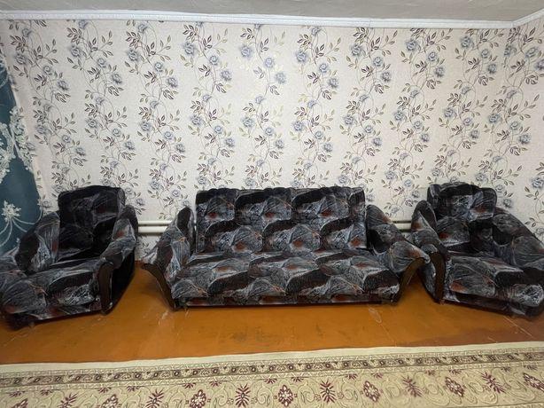 диван мягкии уголок