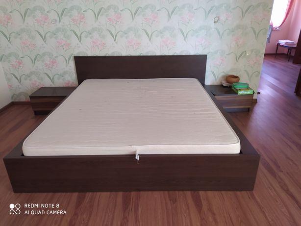 Мебель , кровать тумбы , шкафы