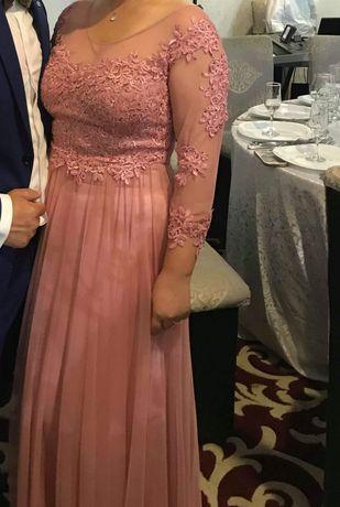 Rochie lunga cu mânecă trei sferturi