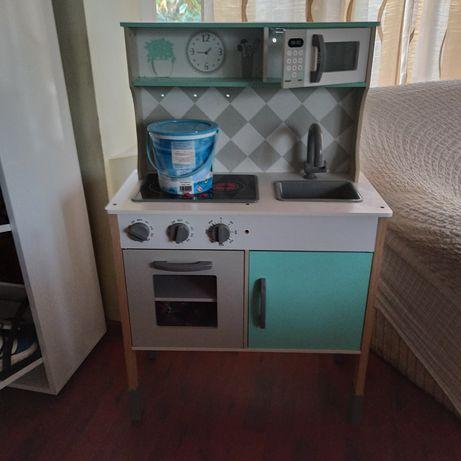 Vand bucătărie pentru copiii