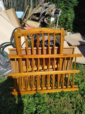 Продам деревянную детскую кроватку в отличном состоянии с матрацем.