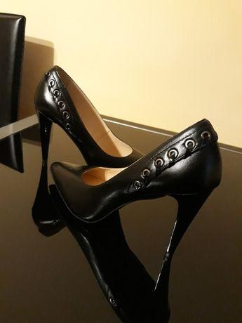Pantofi noi din piele naturală cu toc subtire