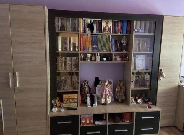 Biblioteca+birou+canapea